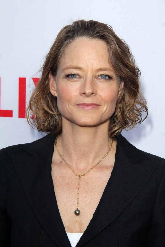 15 celebrities that are deaf or hard of hearing: Jodie Foster
